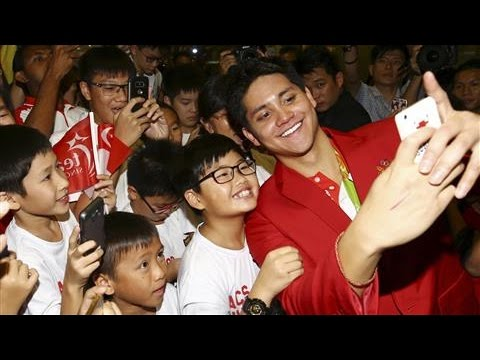 Singapore Welcomes Home Swimmer Joseph Schooling