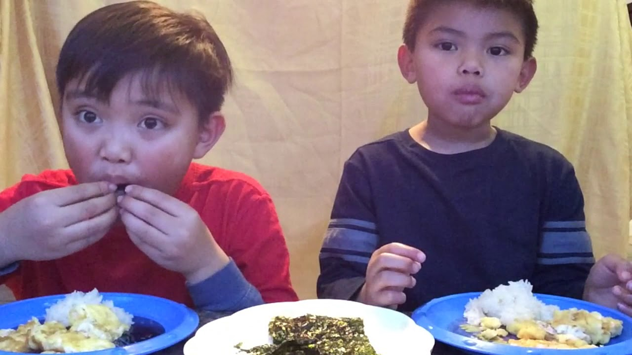 Big Brother And Little Brother Mukbang Sticky Rice Scrambled Eggs Seaweed Chips