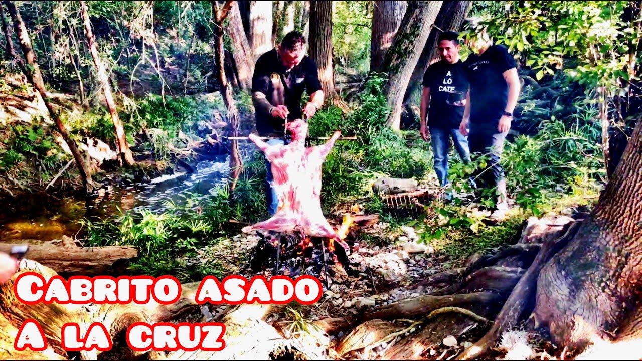 Cabrito Asado a la Cruz y Salsa de Chile Piquin a la Toña del Monte