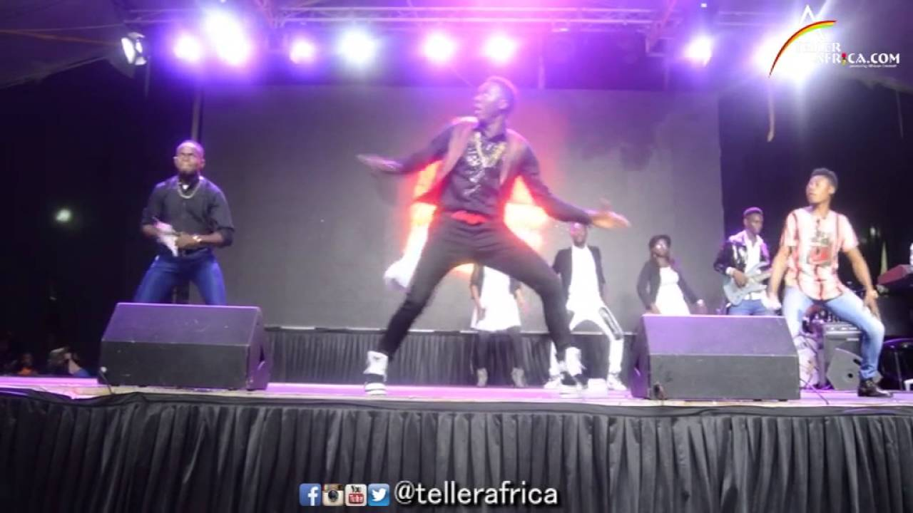 Watch: Akpororo Do The 360 Waist twist @Akpororo vs.Akpororo in Port Harcourt