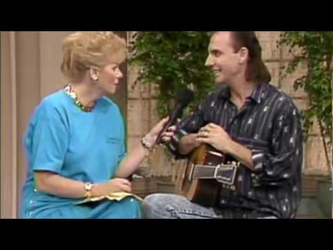 Larry Carlton, Grammy Award winning guitarist/victim of shooting