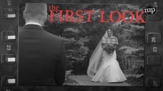 カメラは捉えた! 人生で最も幸せな瞬間の、花婿たちの表情!