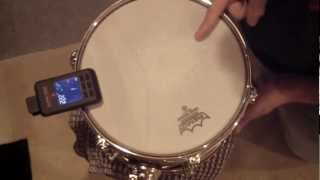 "drum tuning 10"" tom with a tunebot"