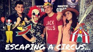 VLOG | Escaping a Circus & Pub Food!