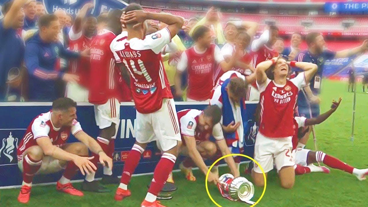 لحظات غريبة حدثت في كرة القدم لم يتوقعها احد..!!