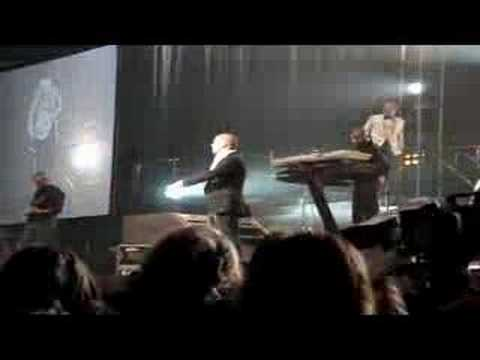 Shayne Ward - Bond Pt 1 (Birmingham 17/02)