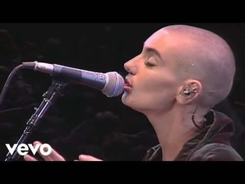 Sinead O'Connor - Nothing Compares 2 U (Live)