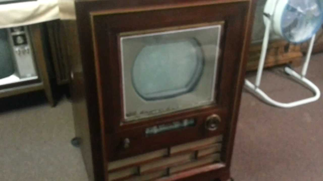 The 1954 Rca Ct-100 The Merrill Color Tv Preview