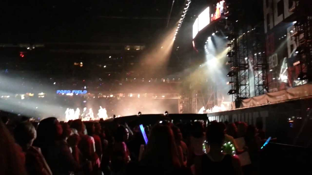 The Lucky One By Taylor Swift Detroit Floor Seats Youtube