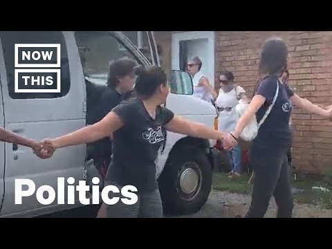 Tennessee Community Forms Human Chain to Protect Family From ICE Arrest | NowThis