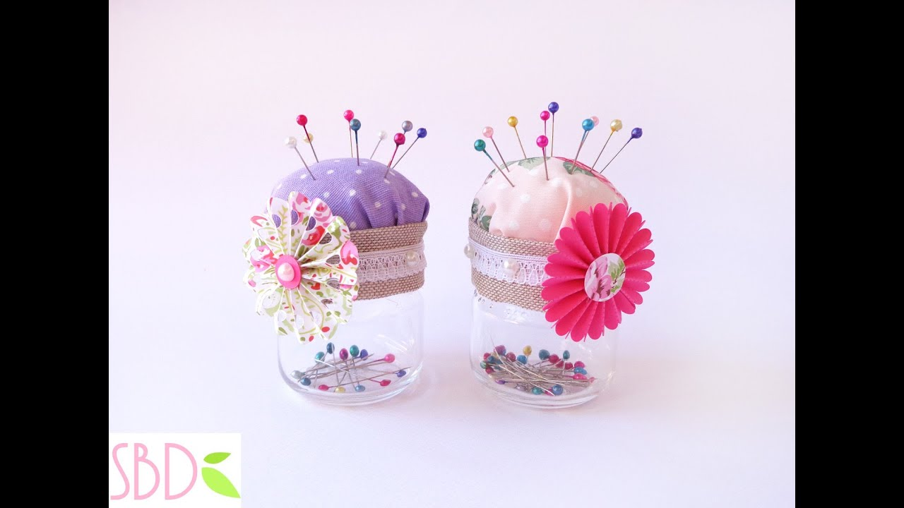 Farfalle Decorative Fai Da Te porta e puntaspilli fai da te con riciclo - diy pincushion with recycle  materials