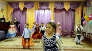 ПРАЗДНИК МАМЫ (1 Часть) в Детском саду Пчелка №14 г.Железнодорожный