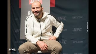UFC on FOX 26: Glover Teixeira Says A Real Champion Doesn't Do Things Jon Jones Did - MMA Fighting