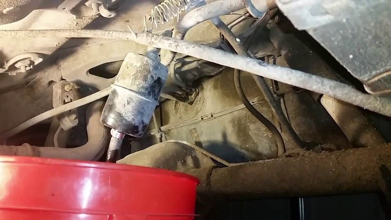 Easiest Way To Drain Fuel On A Jeep Cherokee Youtube 2009 Wrangler Filter