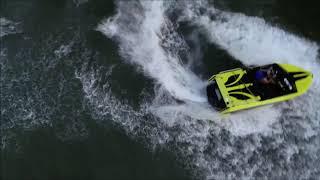 Log jumping & 360's in the Mini Jetboat - Smith Lake AL.