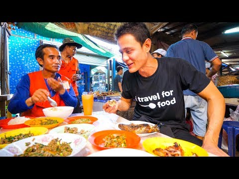 Lao Street Food – GIANT STICKY RICE Feast and Stuffed Chili Fish in Vientiane, Laos!