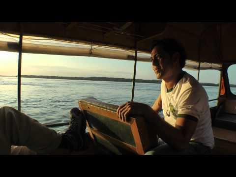 Boat trip to Yarapa River Lodge