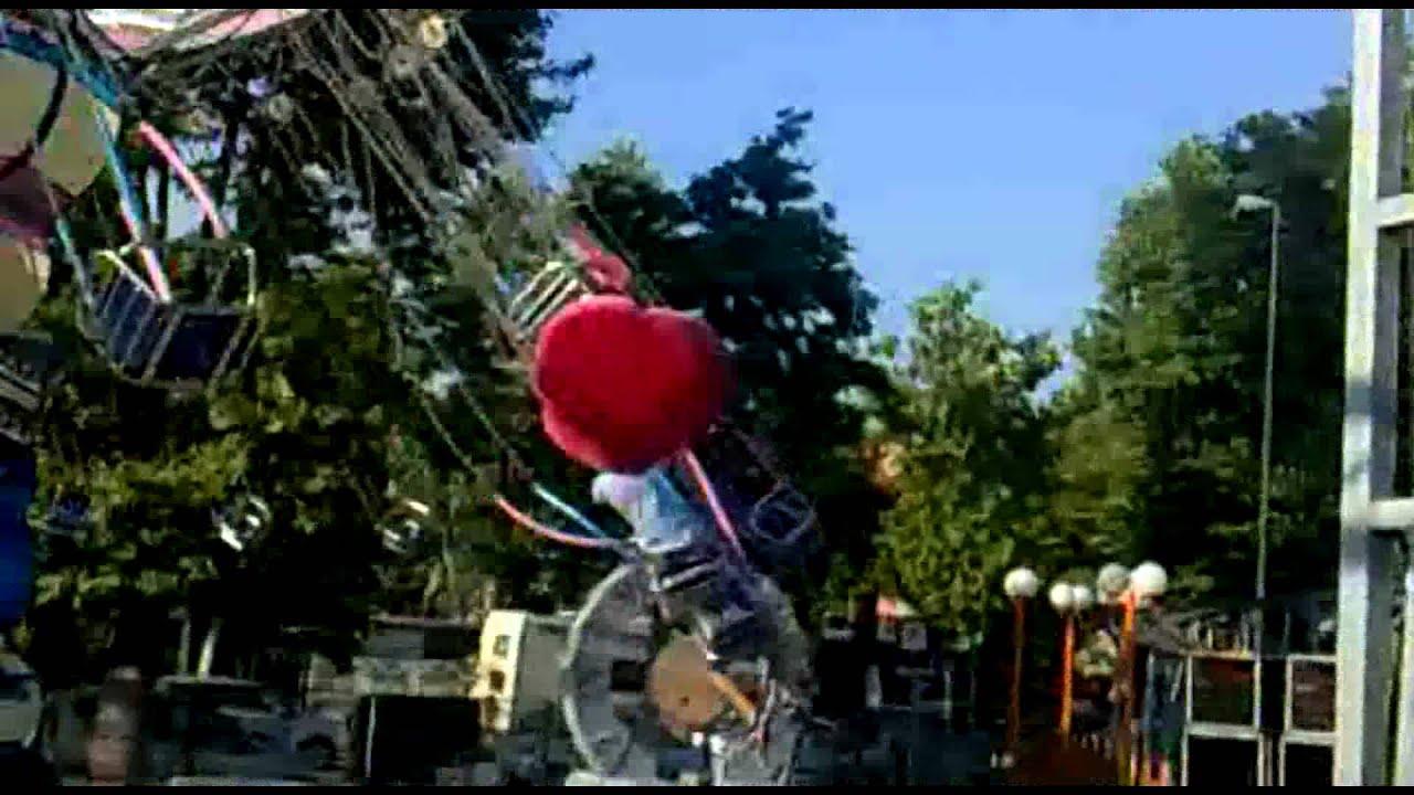 Giostra a catene lancio spettacolo youtube for Giostra a catene