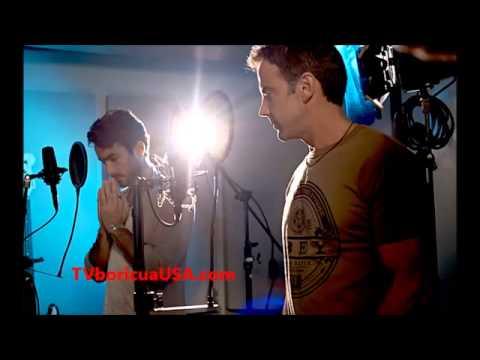 USA Tema musical de ¨Santa Diabla¨ ¡Cantan Aarón Díaz y Carlos Ponce!