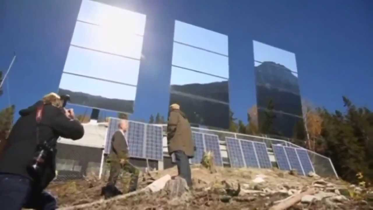 Espejos gigantes reflejan el sol para iluminar el pueblo for Espejos largos de pared