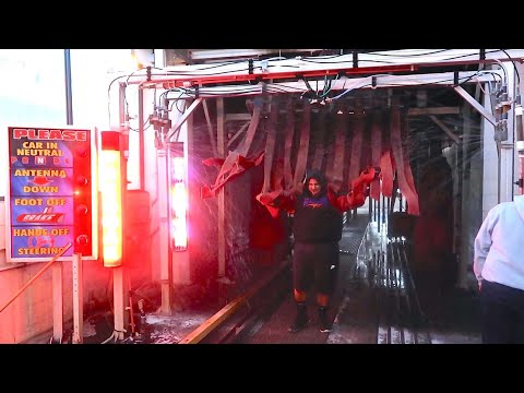 HUMAN CAR WASH!! *EXTREMELY PAINFUL*