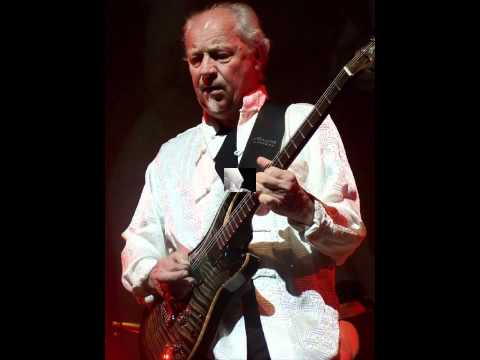 'A Passion Play' Martin Barre's 'New Day' (Live)