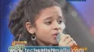 Poornasree: Thamarakumbilallo mama... Sangeetha mahayudham - Surya tv
