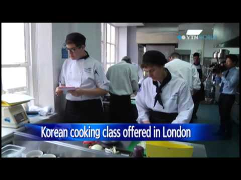 London culinary school offers first Korean cooking class / YTN