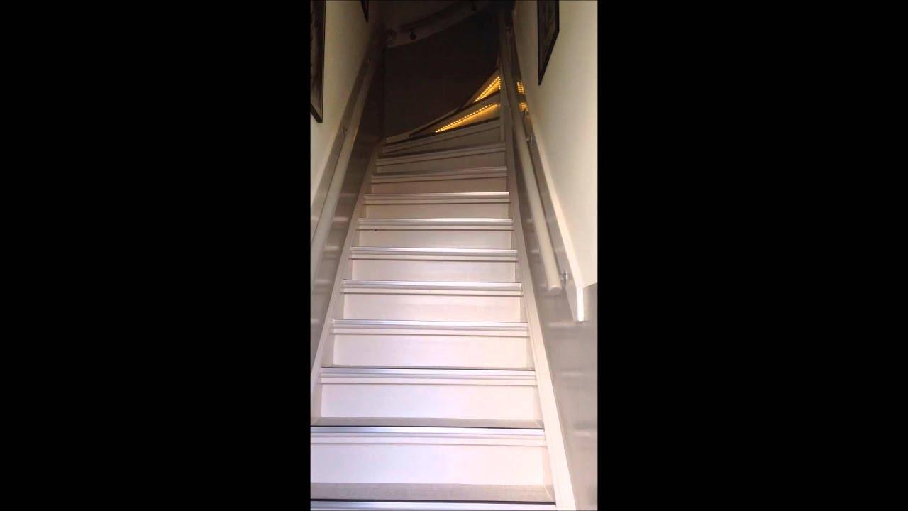 trap verlichting met ledstrips - YouTube