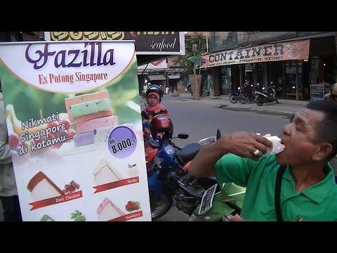 Jakarta Street Food 429  Fazilla Singapore Ice  Es Potong Singapore  3258