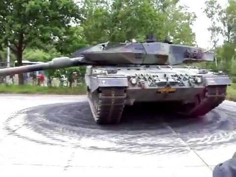 This is the ultimate tank sound! 55 Tons of german steel making donuts