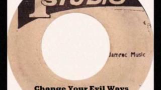 Willie Williams - Change Your Evil Ways\Jah Righteous Plan (Studio One Smile Riddim)