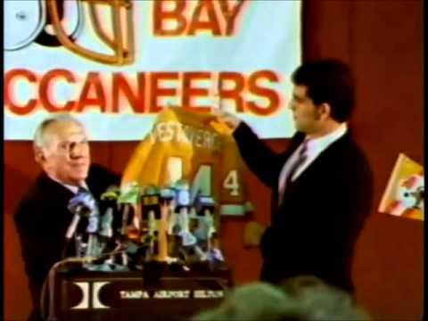 Vinny Testaverde Rookie Drafted by Bucs