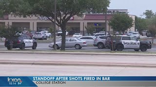 Standoff taking place at College Station bar and grill
