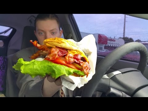 Steak 'n Shake Bacon 'n Cheese Triple Xtreme Burger - Review