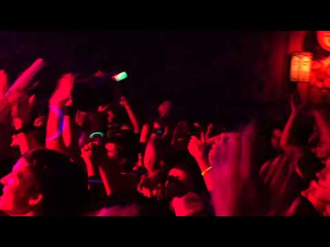 Wallpaper playing Best Song Ever in Portland 3/1/2013