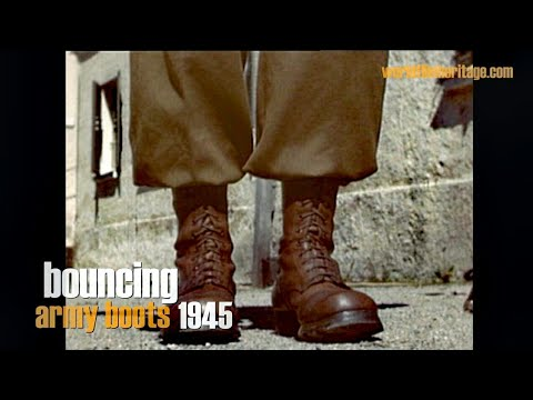 1945 - Bouncing Army Paratrooper Boots - Close Up