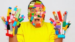 ليغو تعلق في وجه !!  Pretend play LEGO HANDS   -يد ليغو -