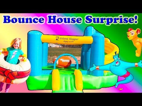 Playing on the Bounce House Slide Surprise with Lion Guard Bunga and Paw patrol Toys