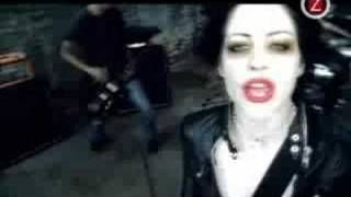 The Distillers - Drain the blood (with lyrics)