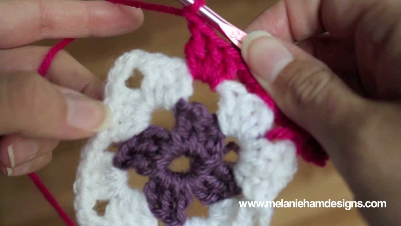 Crochet a Traditional Granny Square - YouTube