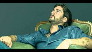 13- Tu Jardín Con Enanitos (Versión Acústica) - Melendi
