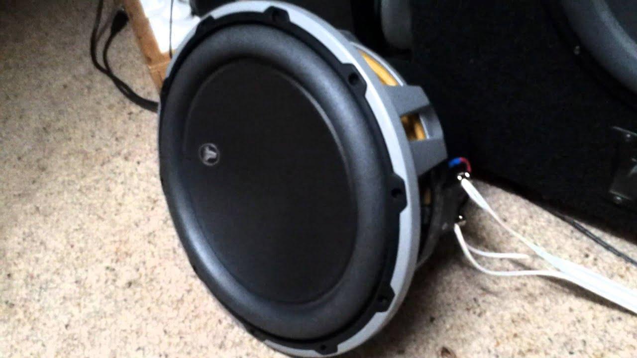 Jl audio 12w6v2d4 using 5 hertz test tone youtube sciox Gallery