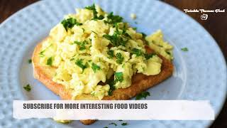 Perfect and Simple Scrambled Eggs For Breakfast