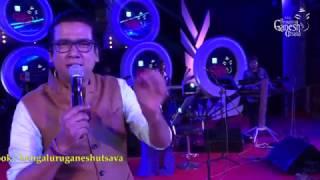 """Vijay Prakash singing """"Phonu Illa Message Illa Nindu"""" @ 54th Bengaluru Ganesh Utsava"""