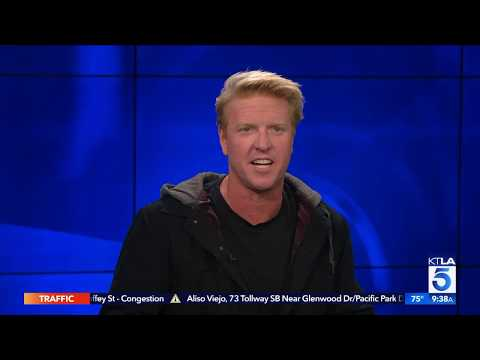 "Jake Busey on Following his Father's Footsteps in the New ""Predator"""