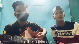 Download CINTA LUAR BIASA (Andmesh) | CANTIK (Kahitna) MASHUP COVER