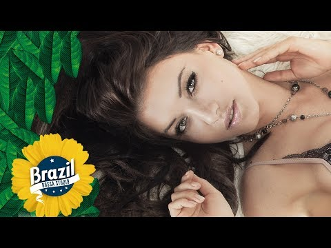 Give it 2 Me Bossa Cover - Marcela Mangabeira