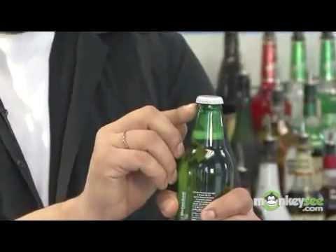 BEATVN 10 cách mở bia hữu dụng cho phái mạnh.FLV