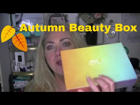 Fall 2018 Wal-Mart Beauty Box Unboxing!  #Over50Beauty